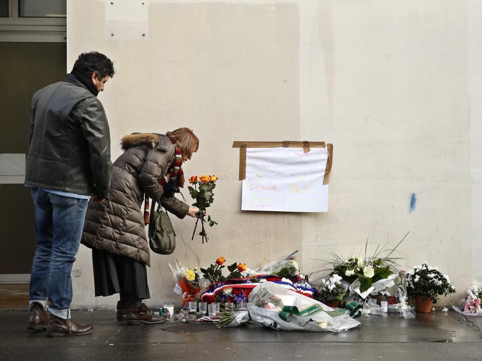 Recuerdo a las víctimas del ataque al semanario francés.