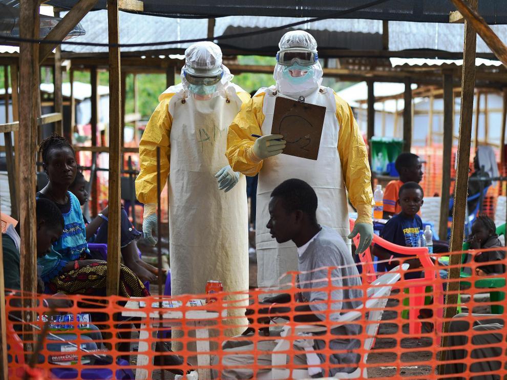 Fotografía, tomada en agosto, de un centro de tratamiento para el ébola de Médicos Sin Fronteras.