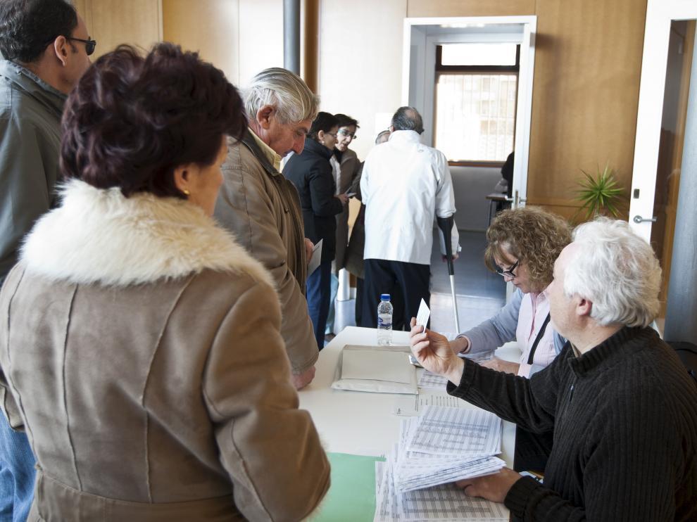 Elecciones en Casetas, en 2012.