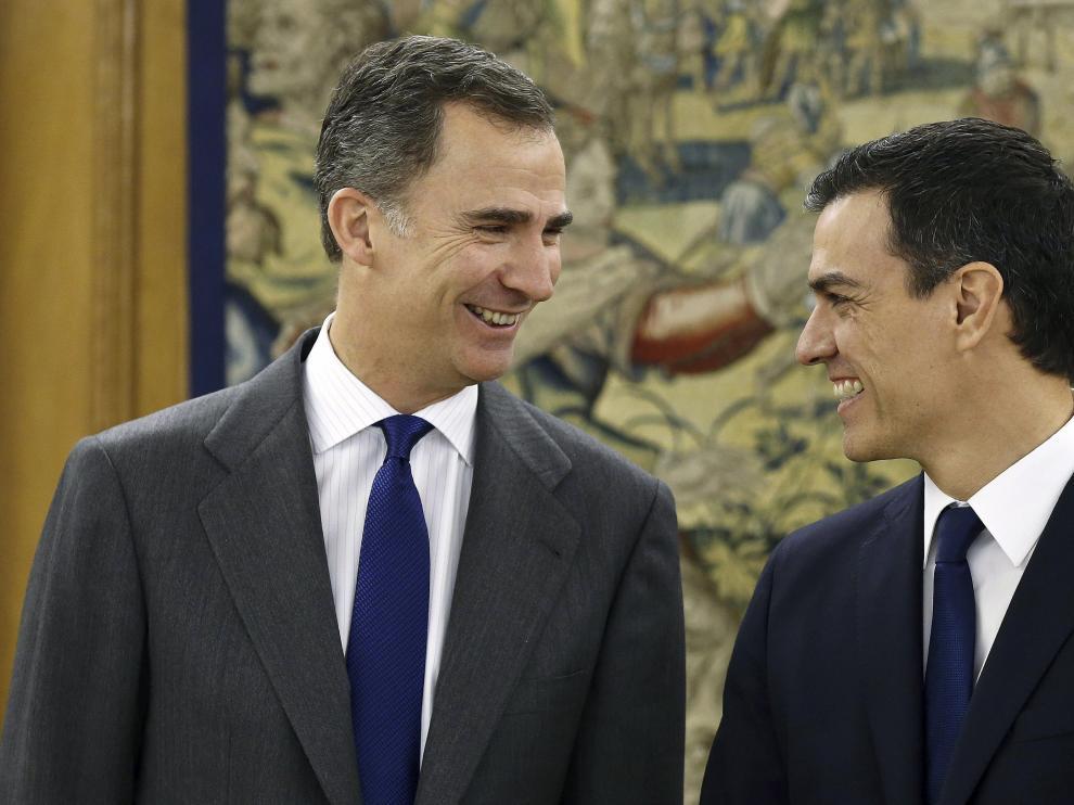 Felipe VI y Pedro Sánchez, en Zarzuela
