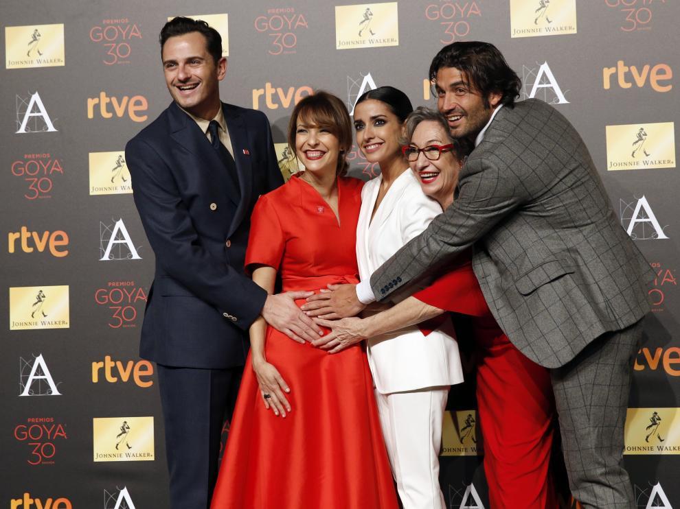 El equipo de la novia bromea sobre el estado de Paula Ortiz, que espera un hijo