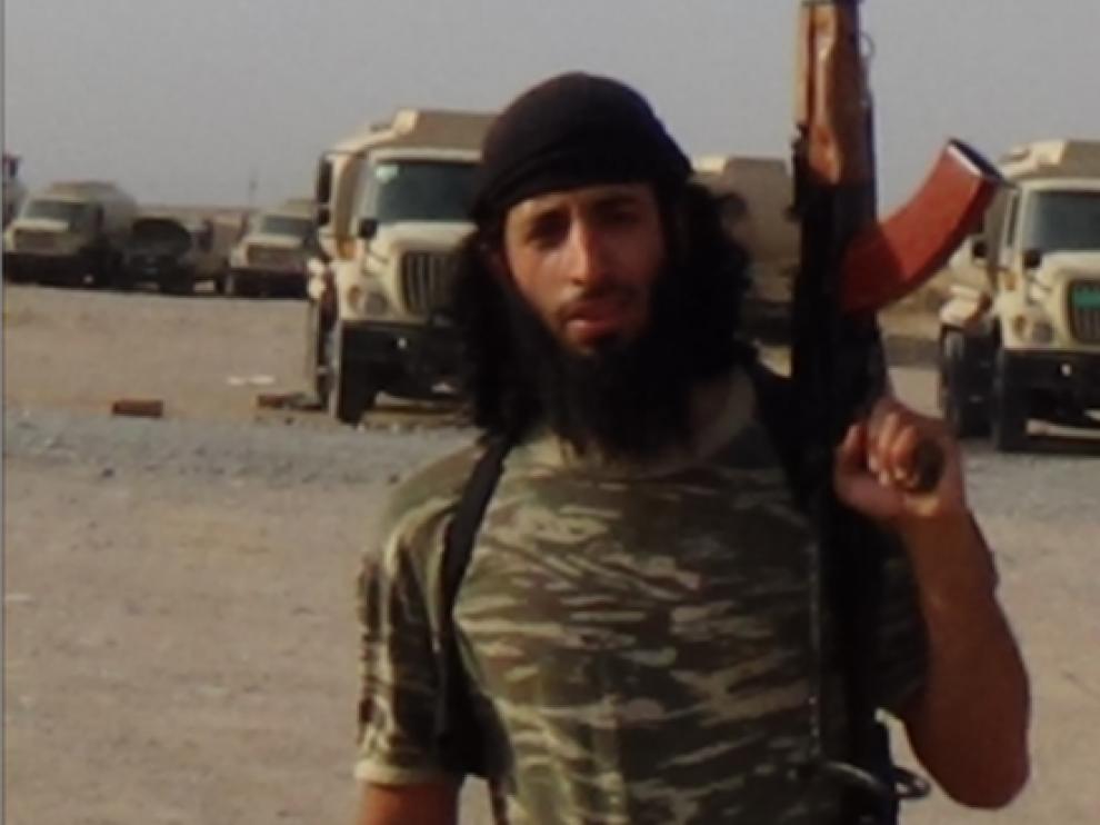 El yihadista británico Jihadi John a cara descubierta