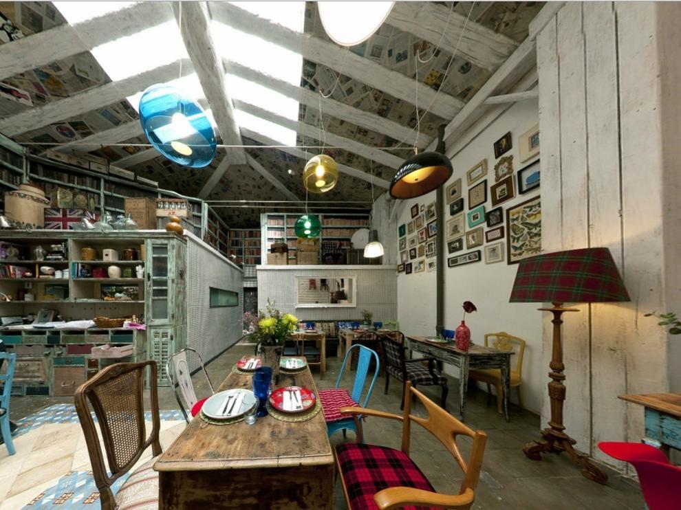 Este restaurante propone una cocina mediterránea y fresca donde la tradición se mezcla con la vanguardia gastronómica.