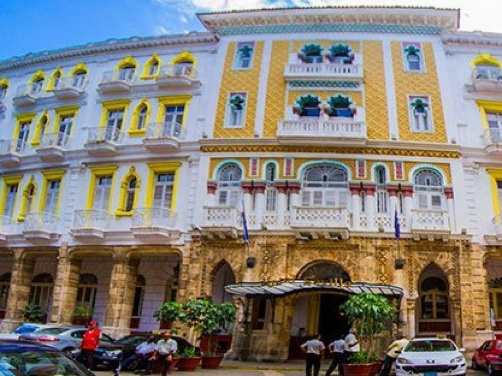 Fachada del hotel Sevilla