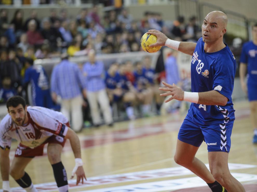 El deporte aragonés muestra su apoyo al BM Aragón
