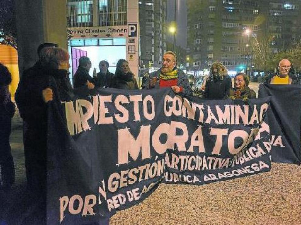 Protesta para pedir una moratoria.