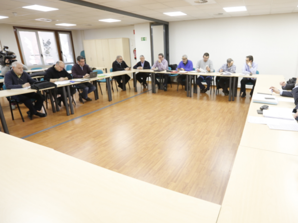 Reunión del personal de AUZSA en el SAMA