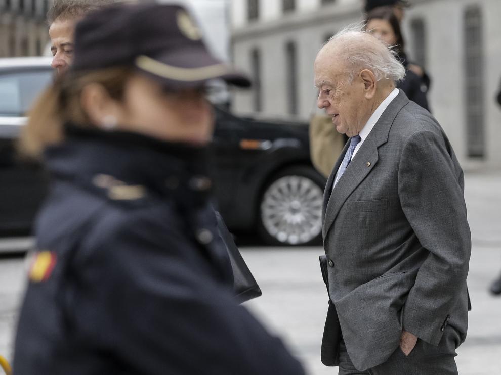 Jordi Pujol entrando a la Audiencia Nacional