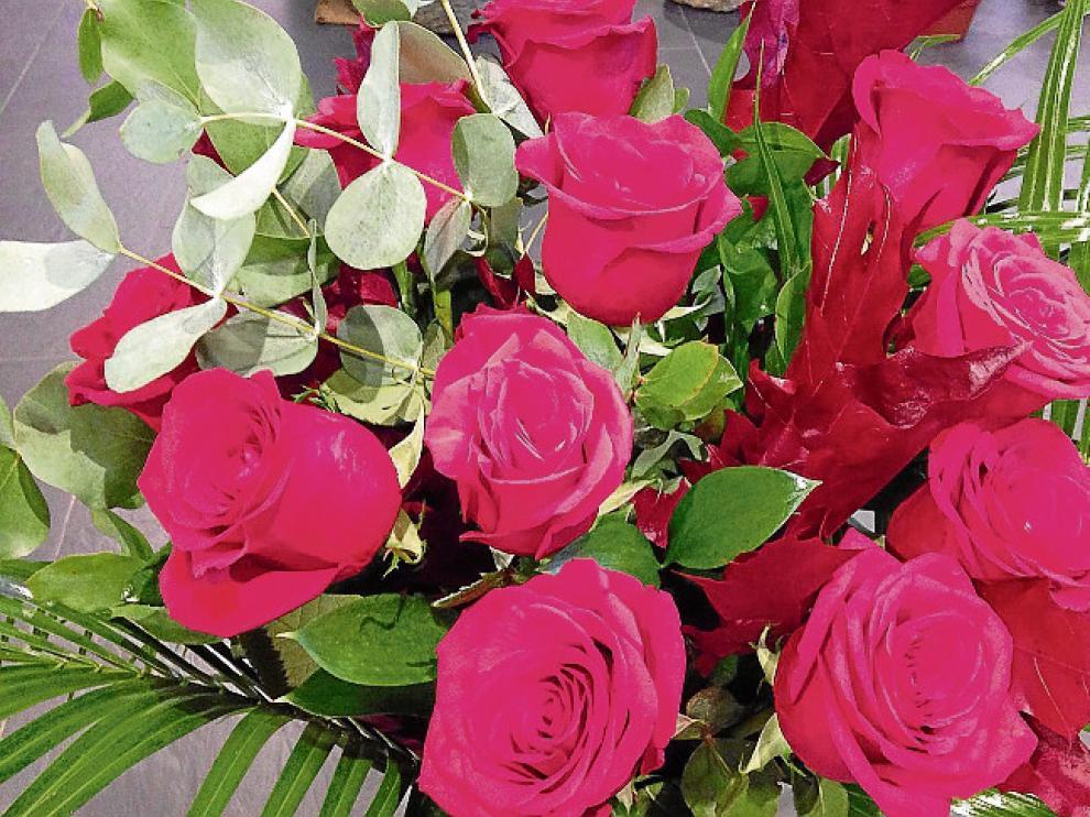 Las eternas rosas.  Son la flor estrella y se calcula que hasta 500 millones se venden en España, la mayoría procedentes de Colombia. Se prefiere sobre todo la que es de color rojo. La Moderna