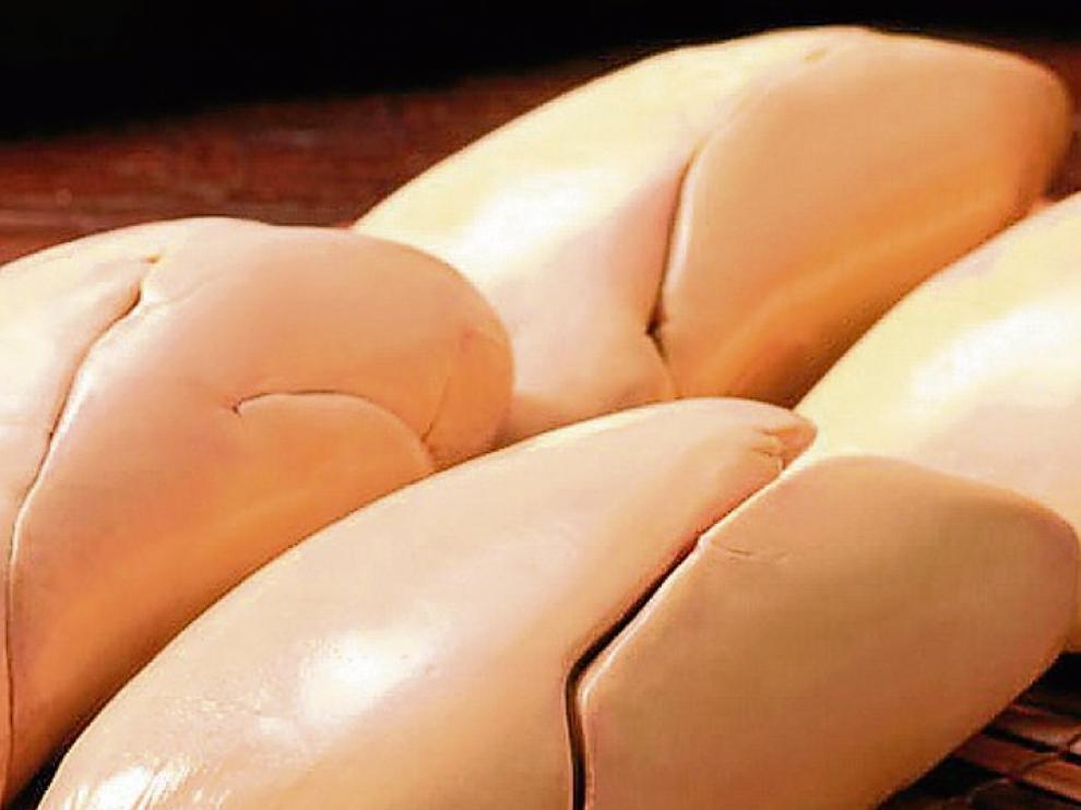 Solo se denomina foie gras entero al producto que está constituido por una o varias porciones del hígado.