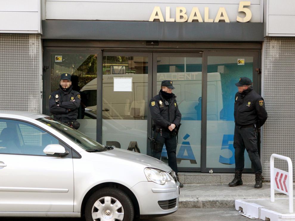 Operación policial contra Vitaldent.