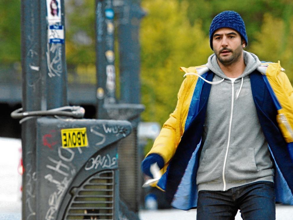 Antonio Vélazquez en una escena de la serie 'Buscando el norte', en la que encarna a Álex.