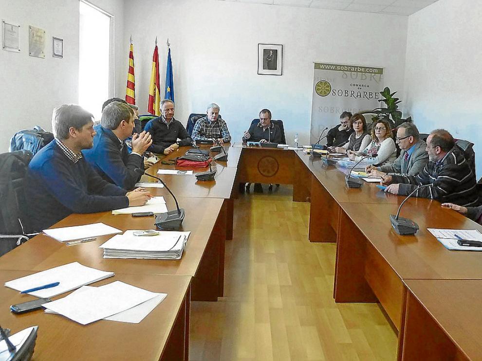 Reunión en Boltaña con algunos ayuntamientos afectados por los saltos hidroeléctricos.