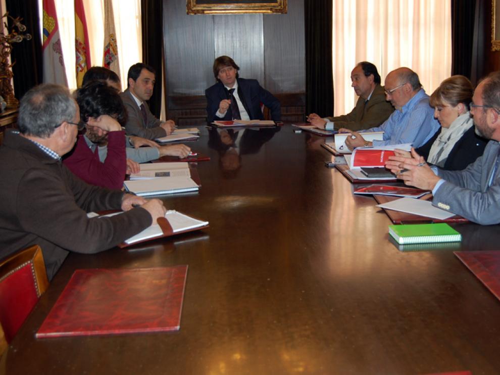 Reunión desarrollada en el Ayuntamiento de Soria con las diferentes instituciones y entidades implicadas en la celebración de la efeméride Numancia 2017