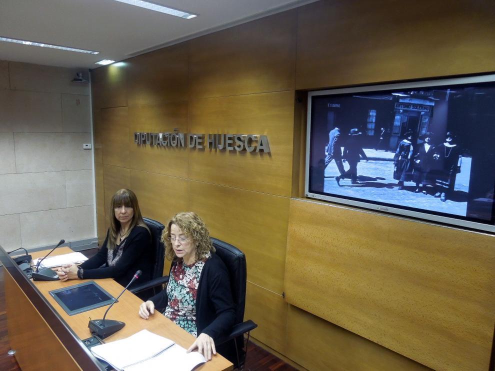 Berta Fernández y Teresa Luesma, en la presentación del ciclo de exposiciones de la DPH.
