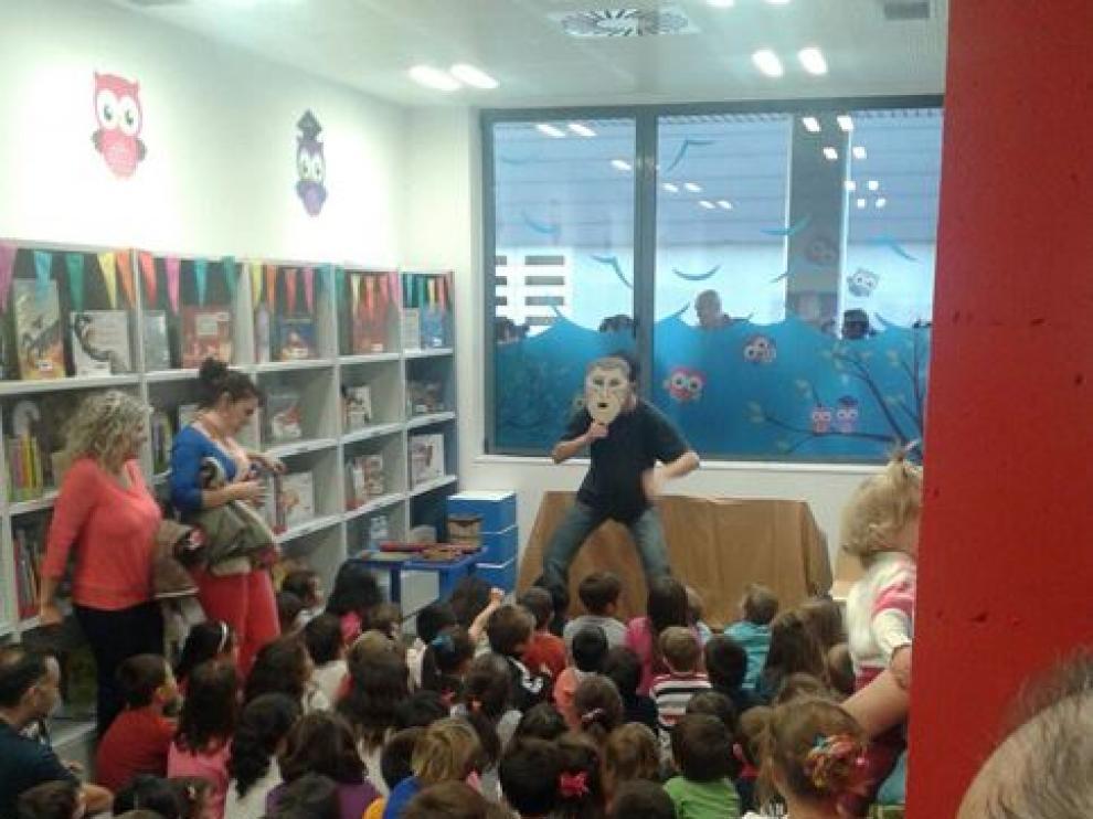 Actividad en la biblioteca de Parque Goya