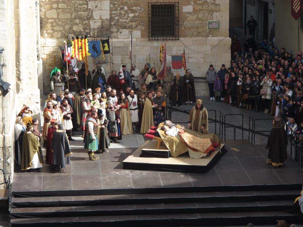 Lleno en la plaza de la Catedral para presenciar el desenlace de las Bodas de Isabel