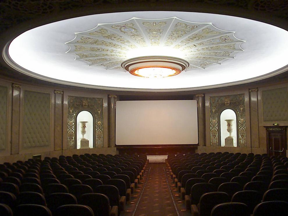Interior del cine Elíseos.