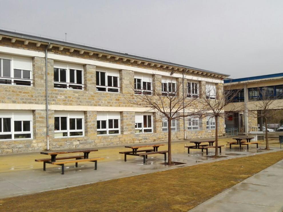 IES Sobrarbe de Aínsa, uno de los últimos institutos de Aragón con jornada partida.