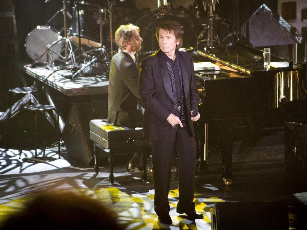 Raphael durante un concierto en marzo de 2015 en la Sala Multiusos de Zaragoza.