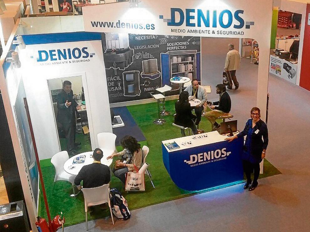 Estand de la empresa Denios, que participa por tercera vez en la Feria Internacional de la Seguridad.