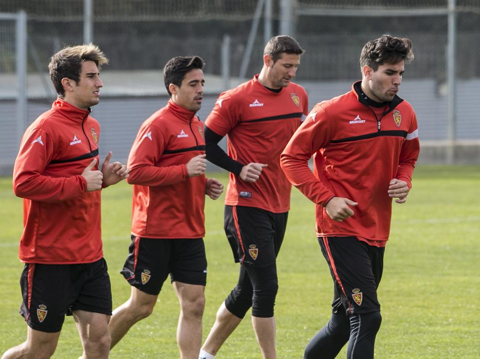 Campins, Pedro, Rubén y Cabrera, en una fase de carrera continua de la sesión preparatoria de ayer.