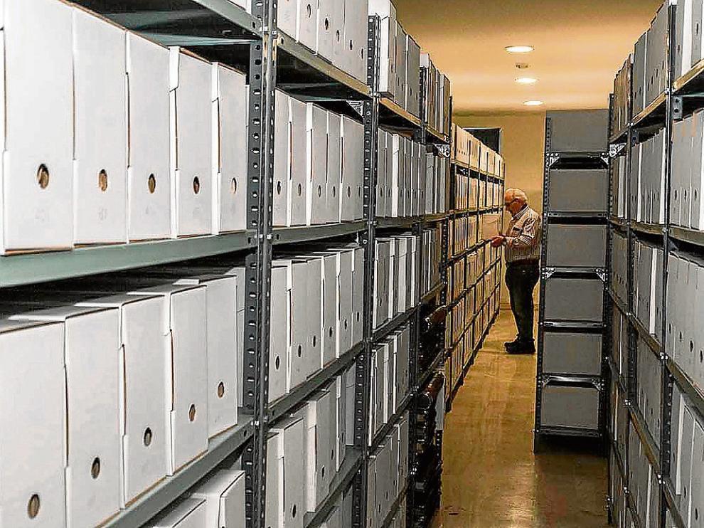 Miles de documentos resumen la vida de la mayor empresa minera de Utrillas.