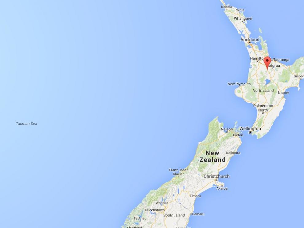 Tokoroa está ubicada a unos 180 kilómetros al sureste de Auckland.