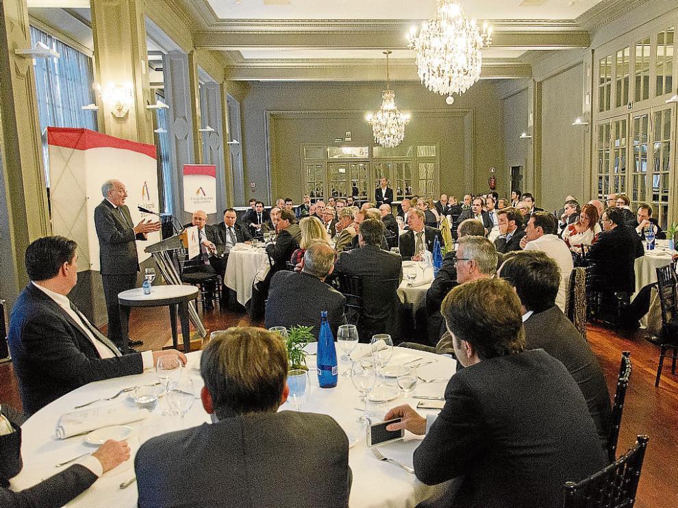Manuel Pizarro pronunció ayer una conferencia ante el Círculo Aragonés de Economía en el Gran Hotel.