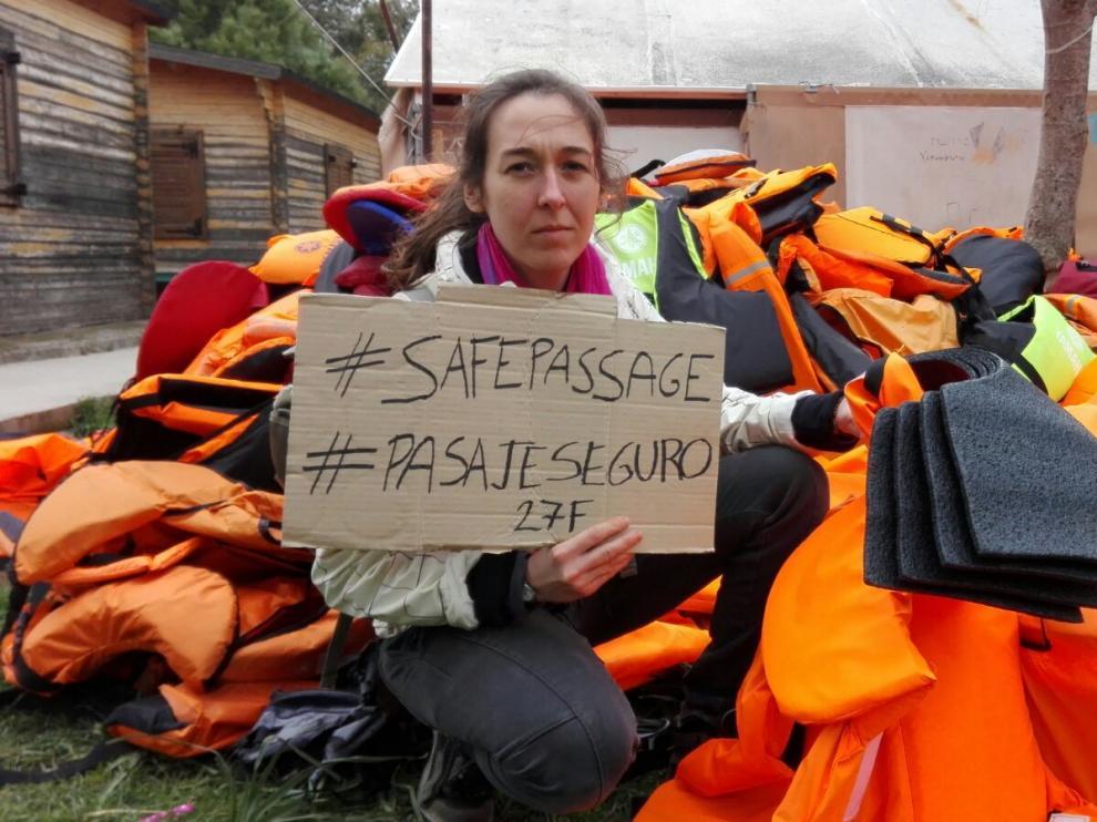 Susana Balet en un campo de refugiados de Lesvos