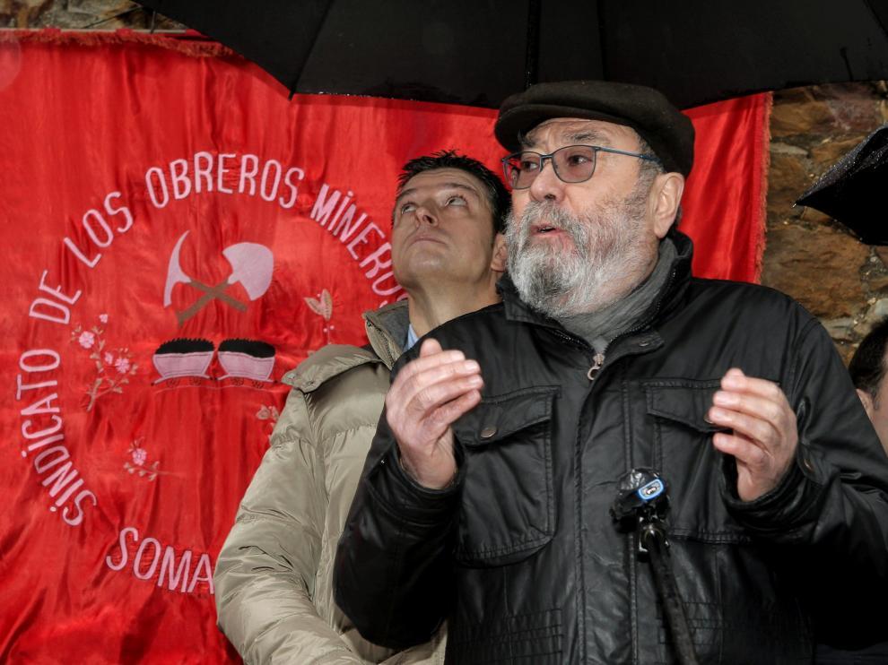 El secretario general de UGT en el tradicional homenaje al fundador del Sindicato de Obreros Mineros en Asturias