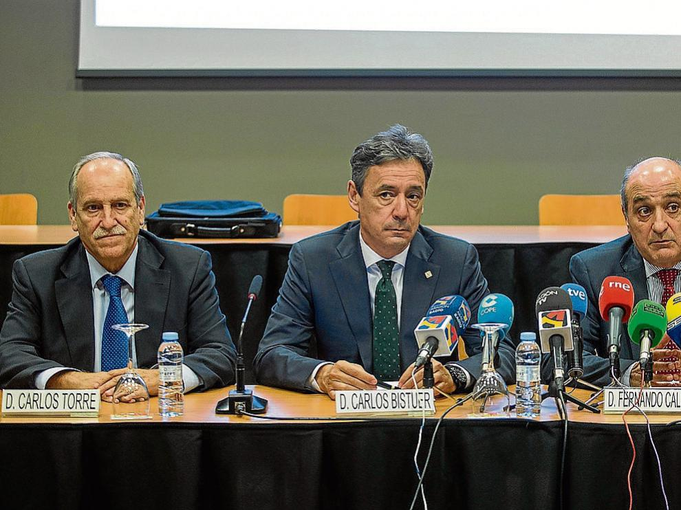Carlos Torre, Carlos Bistuer y Fernando Callizo, presidentes de las patronales de Teruel, Huesca y Aragón.