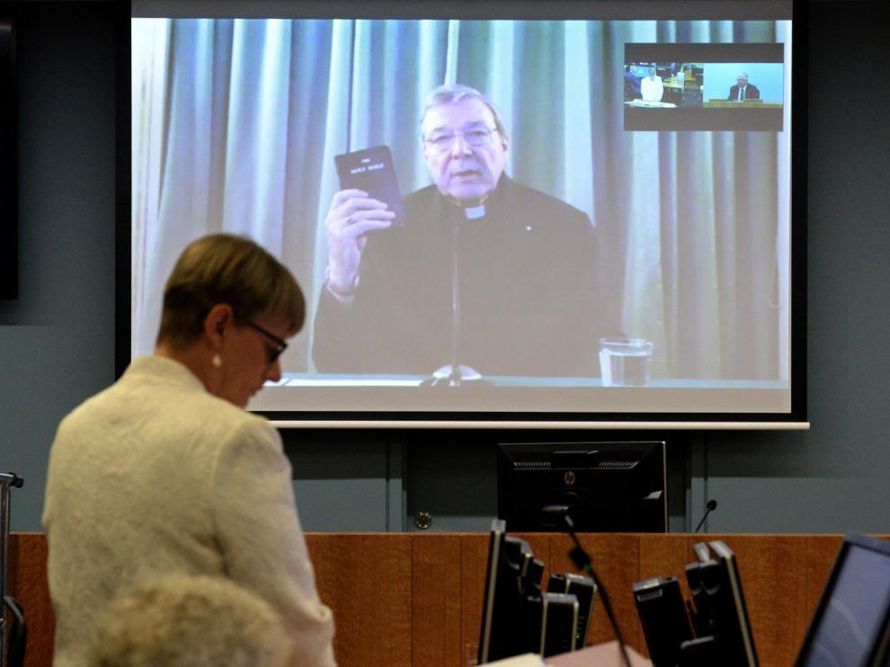 Pell declaró por vídeo conferencia desde Roma.
