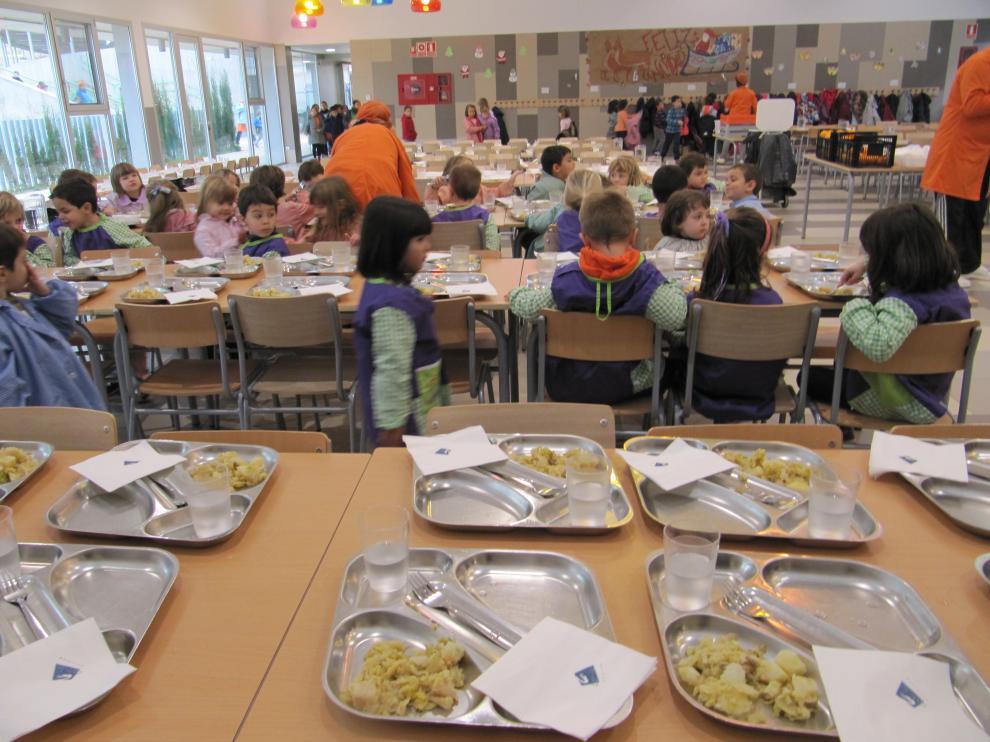 Nuevo convenio para los monitores de comedores escolares ...