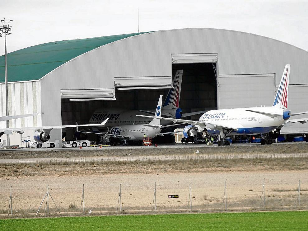 La empresa de estacionamiento y mantenimiento de aviones Tarmac explota la campa.