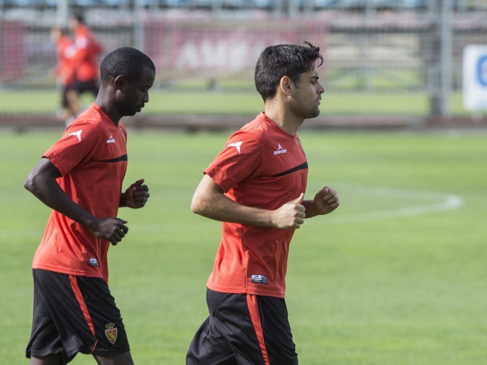 Dorca y Diamanka, juntos en un entrenamiento, optan a regresar al equipo ante el Albacete por las sanciones a Ros y Culio.