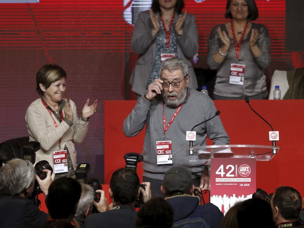 Emocionada despedida de Méndez de UGT tras 22 años