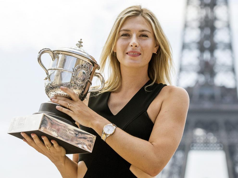 Sharapova, tras ganar el Open de Francia en París el pasado 8 de junio de 2014.