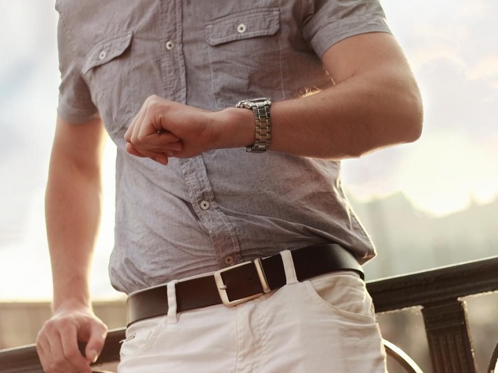 Estudios previos señalan que la exposición a la radiación electromagnética de radiofrecuencia del móvil en los bolsillos del pantalón afecta negativamente a la calidad del esperma.