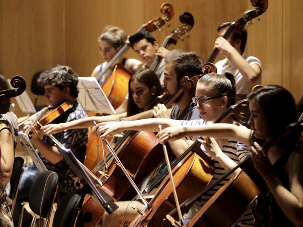 Ensayos de música en el Conservatorio.