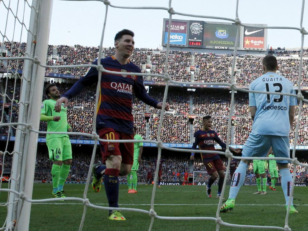 ?La Liga sigue igual: el Barça arrasa y Saúl dirige la victoria del Atlético