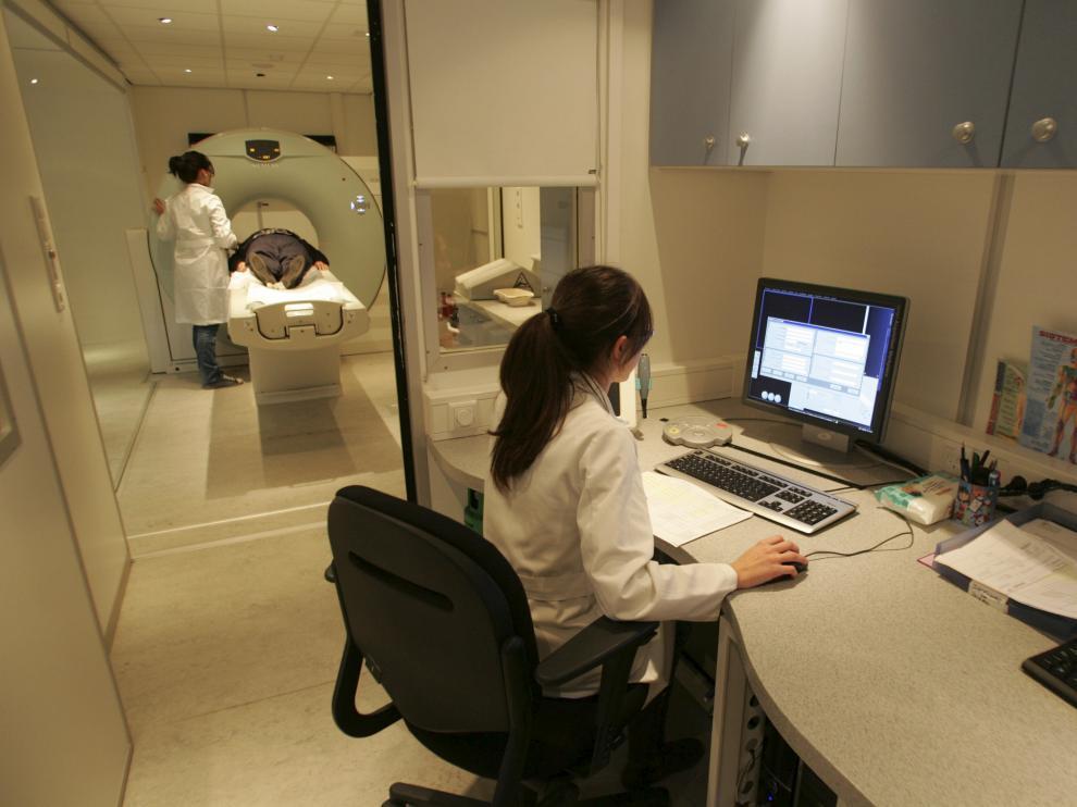 Las listas de espera en el servicio de Radiología del hospital Obispo Polanco son un problema endémico.