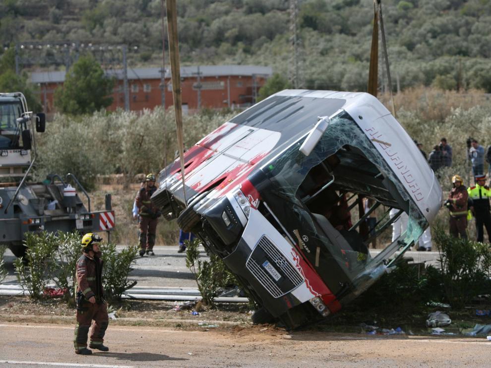 Trece universitarios murieron en el accidente.