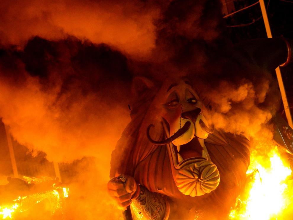 Las fallas arden en Valencia