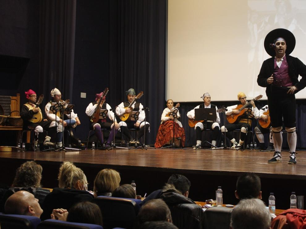 El certamen llenó de público el cine teatro El Molino de Sariñena.
