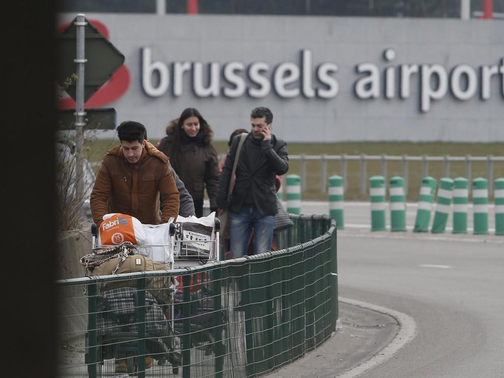 Imágenes del aeropuerto de Bruselas tras el atentado.