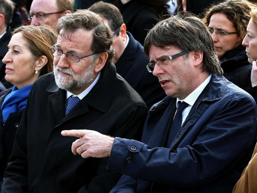 Rajoy Puigdemont en una foto de archivo.