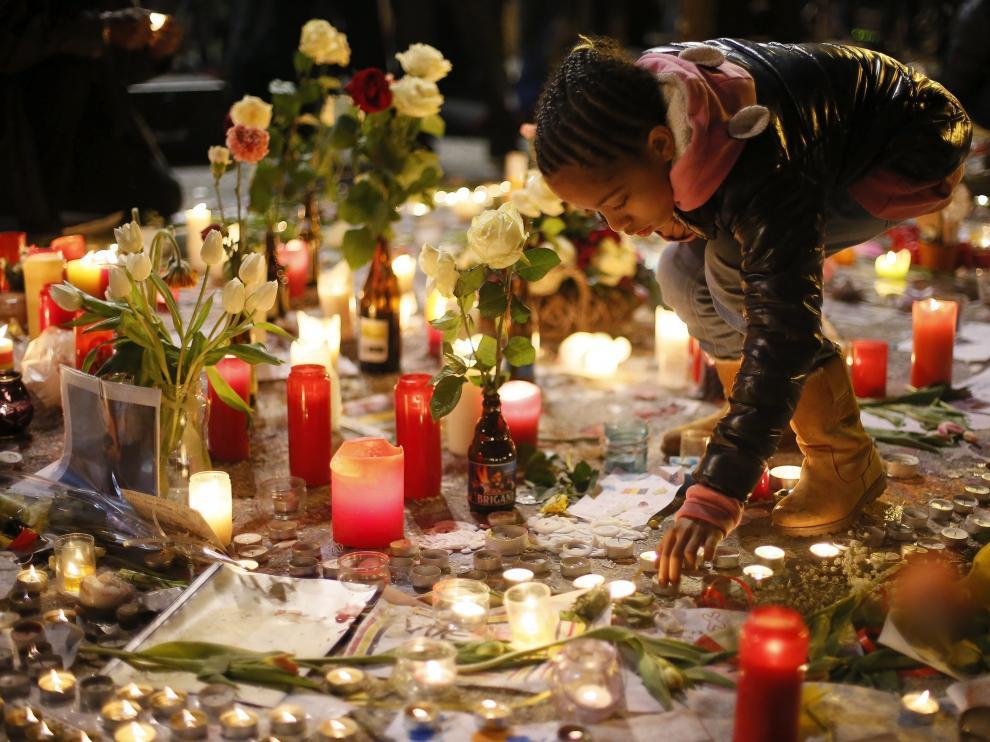 Los homenajes a las víctimas se suceden en Bélglica