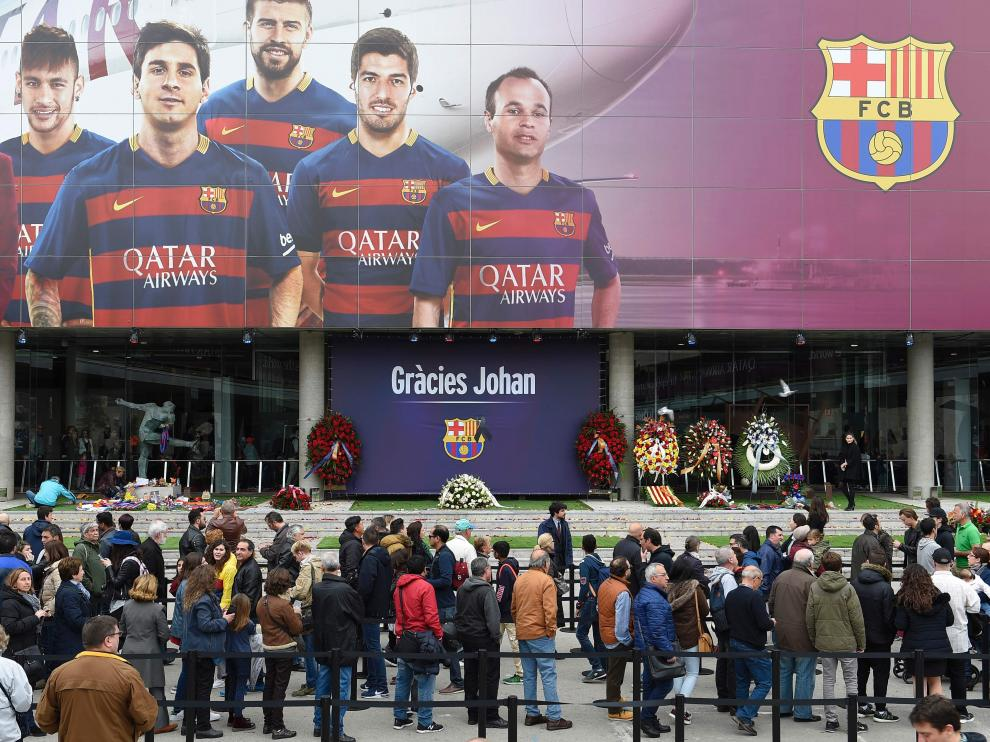 Homenaje a Johan Cruyff en el Camp Nou.