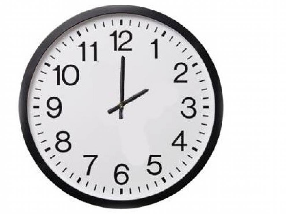 A las dos se adelantará el reloj a las tres.